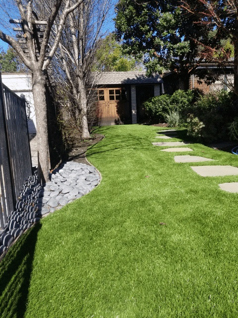 Top 3 Landscaping Problems and How Artificial Grass Can Respond to Them