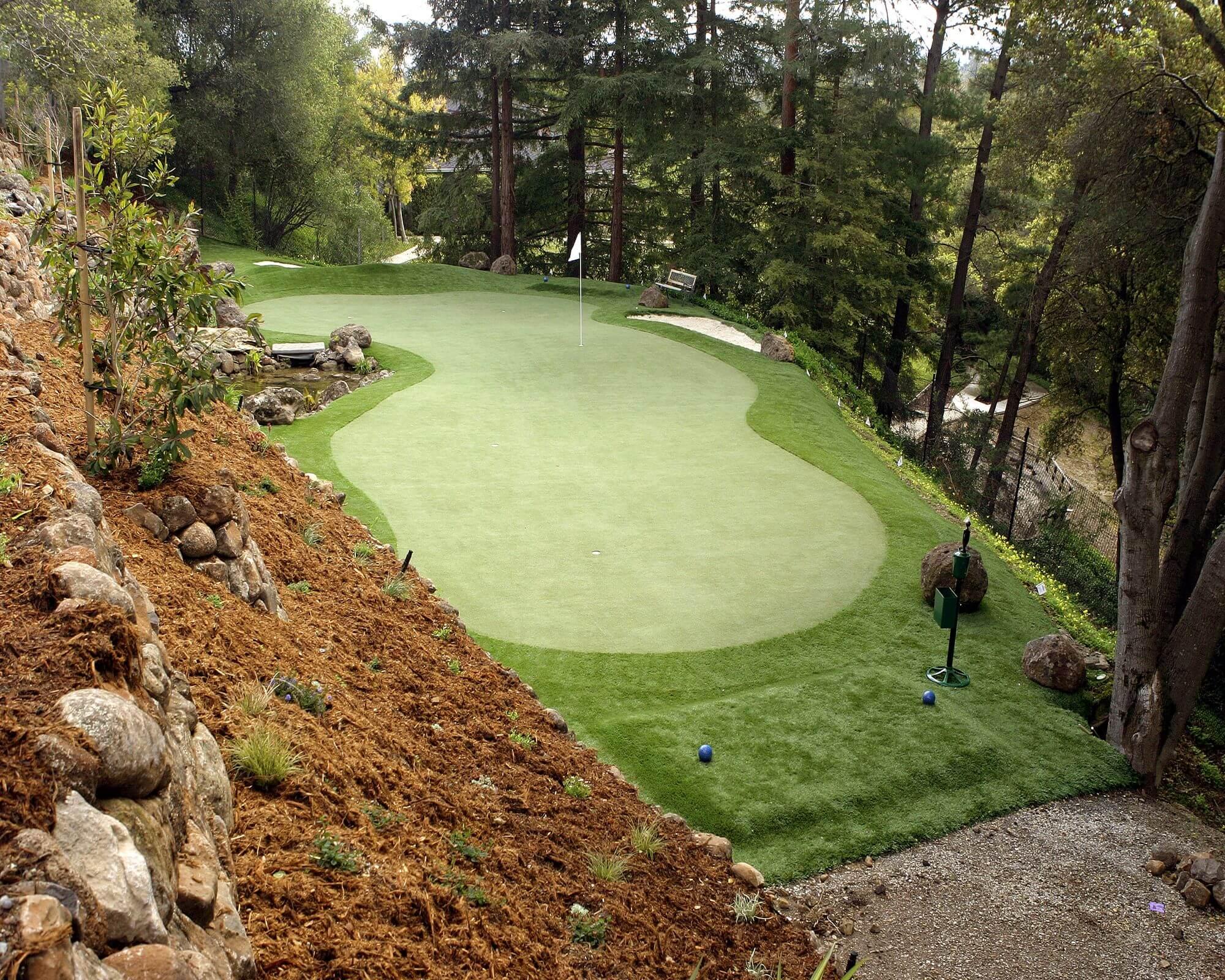 Golf on hillside